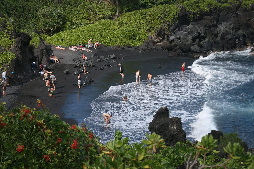 things to do in maui hawaii black sand beach is a must