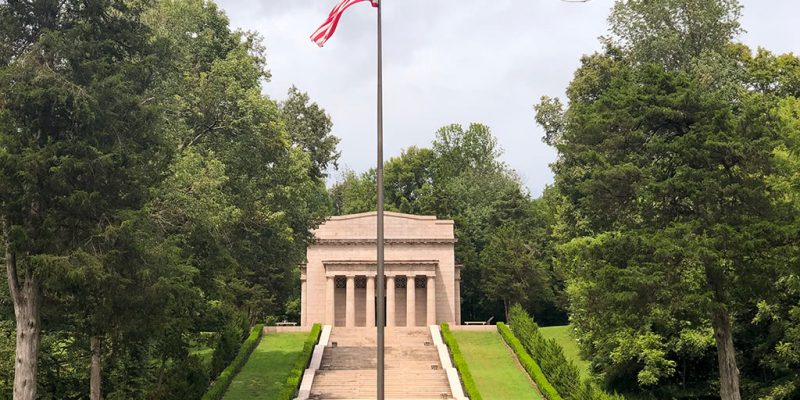 Abraham Lincoln Birthplace Lincoln Memorial