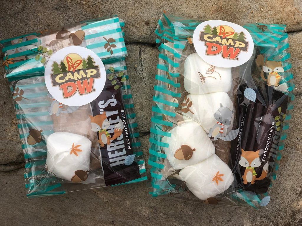 Dollywood's DreamMore Resort S'mores Kits