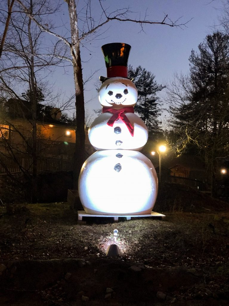 Dollywood Christmas Frosty