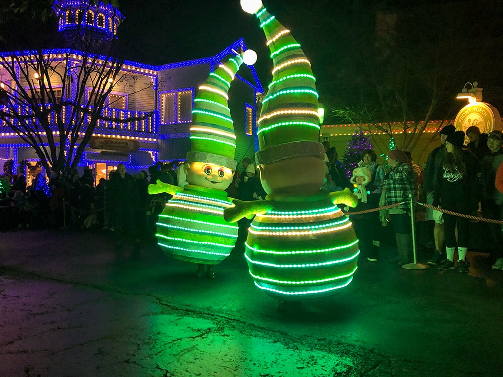 Christmas Parade at Dollywood