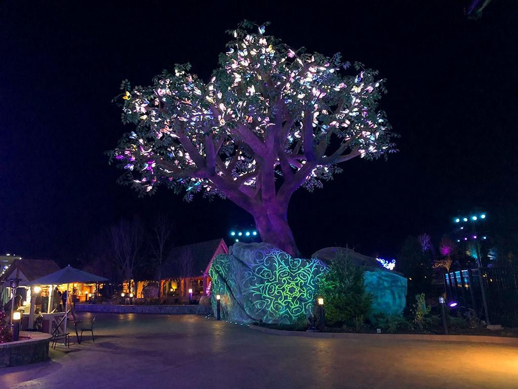 Dollywood Christmas Wildwood Grove Tree