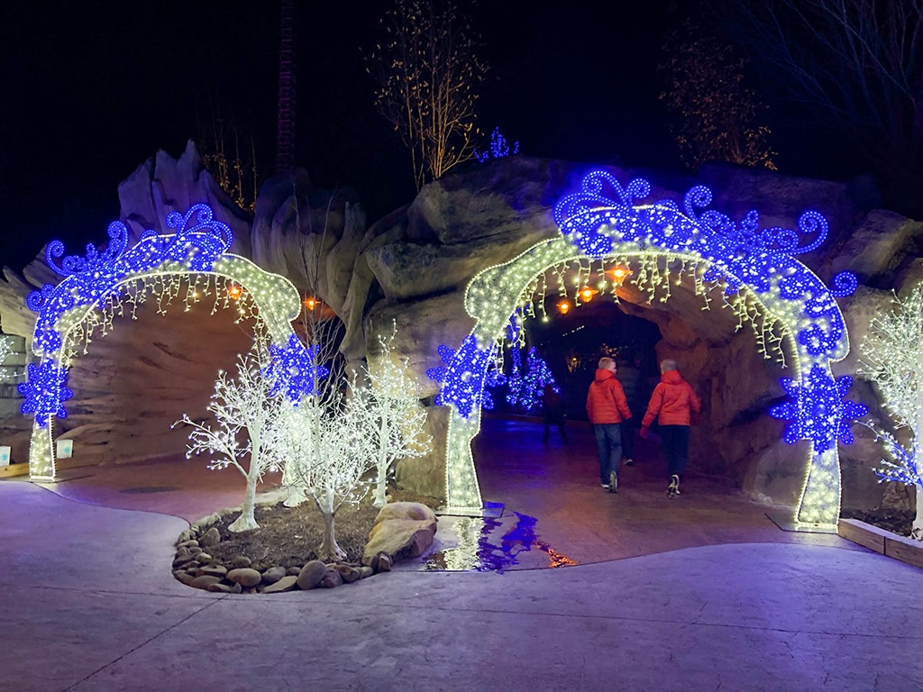Entering Dollywood Christmas at Wildwood Grove