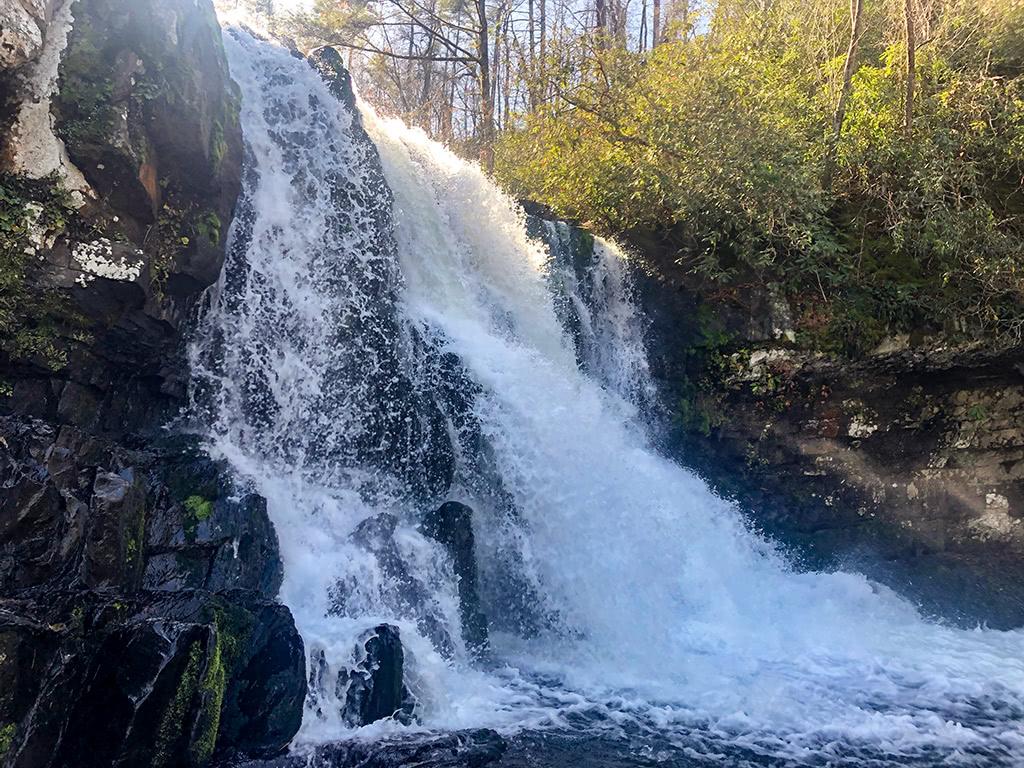 Abrams Falls Trail - Abrams Falls Up Close